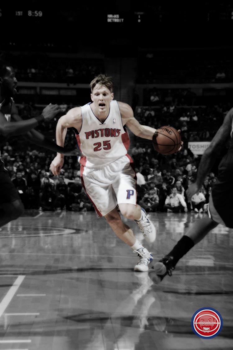Kyle Singler Pistons-vs-Hawks-Nov-2013